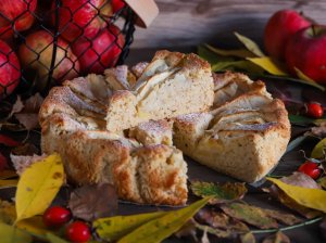 Obuolių pyragas be kiaušinių, pieno produktų ir glitimo