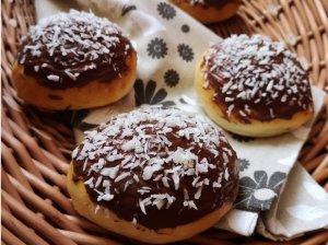 Mielinės bandelės su šokoladu ir kokosu