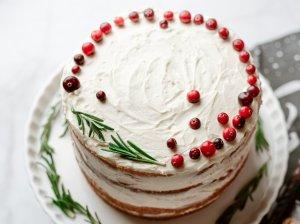 Nuogas tortas su maskarpone ir