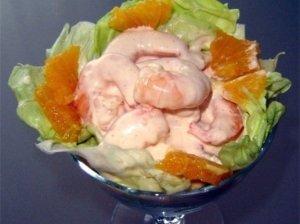Salotos su krevetėmis ir greipfrutais