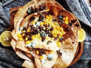 Užkeptos tortilijos su mėsa