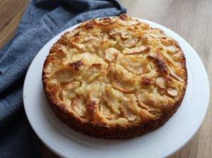 Varškinės tešlos pyragas su obuoliais