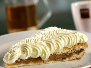 Pyragas su grietinėle