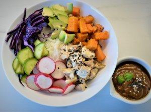 Dubenėlis su vištiena ir daržovėmis