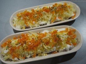 Silkė morkų ir kiaušinio patale