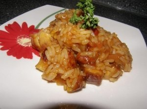Kepta vištiena su ryžiais