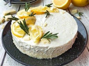 Nekeptas kokosinis tortas