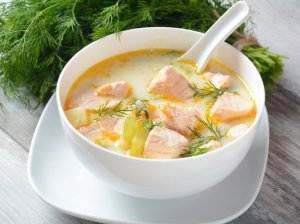 Švelni lašišos sriuba su grietinėle