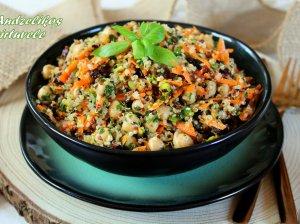 Maistingos bolivinių balandų salotos su avinžirniais ir daržovėmis