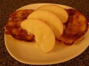 Blynai su tarkuotais obuoliais