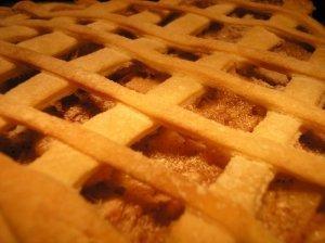Sluoksniuotos tešlos obuolių pyragas