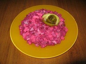 Rūgščios burokėlių salotos