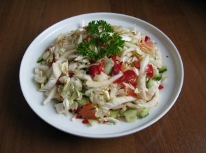 Tradicinės Pekino kopūstų salotos