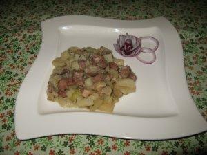 Mėsos - pievagrybių - daržovių troškinys