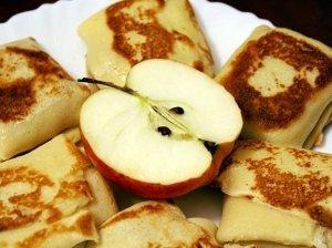 Lietiniai su obuolių įdaru