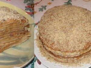 Rududu ir lietinių blynų tortas