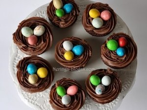 Velykiniai šokoladiniai keksiukai