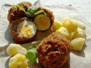 Škotiški kiaušiniai maltos mėsos apvalkale
