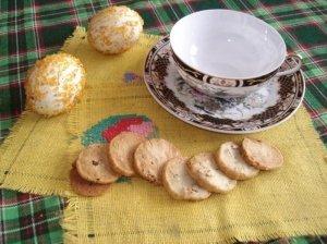 Sausainiai su mėlynuoju sūriu ir riešutais