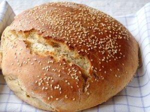 Naminė kvietinė duona