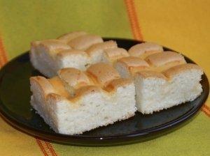 Pyragas su varškės kremu