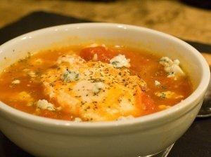 Pomidorų ir leistinių kukulių sriuba