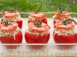 Įdaryti pomidorai