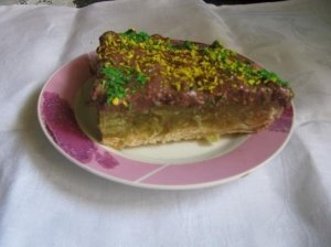 Trapusis pyragas su rabarbarais
