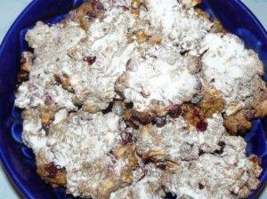 Sausainiai su bruknėmis ir obuoliais