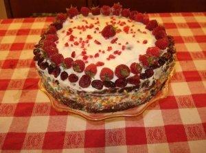 Šokoladinis tortas su cukinija ir mascarpone kremu