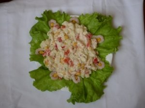 Krevečių salotos su kriaušėmis