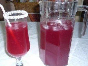 Burokėlių sulčių gėrimas