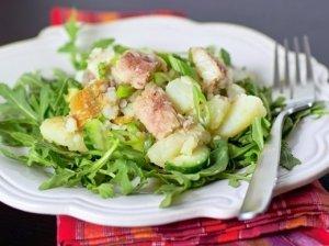 Bulvių salotos su žuvimi
