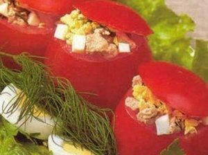 Pomidorai įdaryti silke