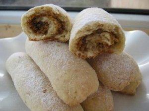 Sausainiai su graikiniais riešutais