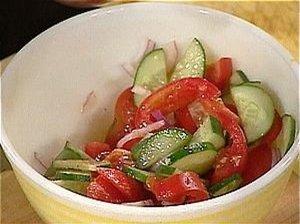 Morkų ir pomidorų salotos