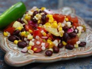 Pupelių salotos su kukurūzais