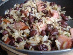 Ryžiai su dešrelėmis