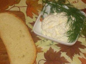 Česnakinis sūrio padažas