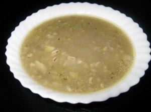 Perlinė vištienos sultinio sriuba