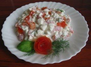 Varškės - pomidorų salotos