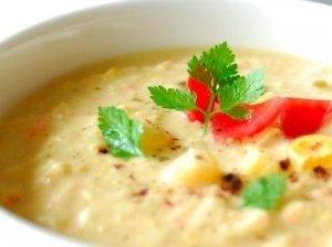 Salierų-kukurūzų sriuba