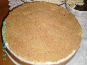 Nekeptas lengvutis obuolių pyragas