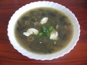 Vištienos sriuba su žalumynais