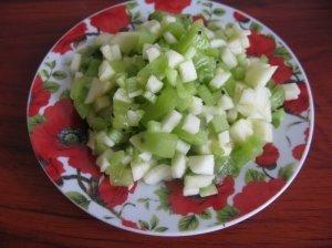 Saldžios salotos su rabarbarais