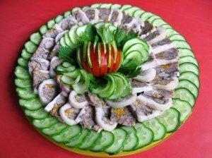 Karkos suktinis su voveraitėmis ir daržovėmis