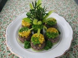 Liežuvis drebučiuose su aromatingomis daržovėmis