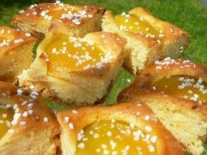 Marcipaninis abrikosų pyragas