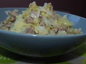 Kopūstų ir maltos mėsos troškinys