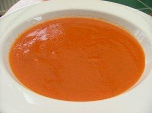 Paprikos ir pomidorų sriubytė